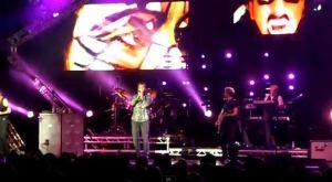 Valessia sul maxischermo durante RIO tour UK 2011